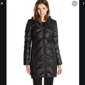 BCBG puffy jacket size XL perfect condition